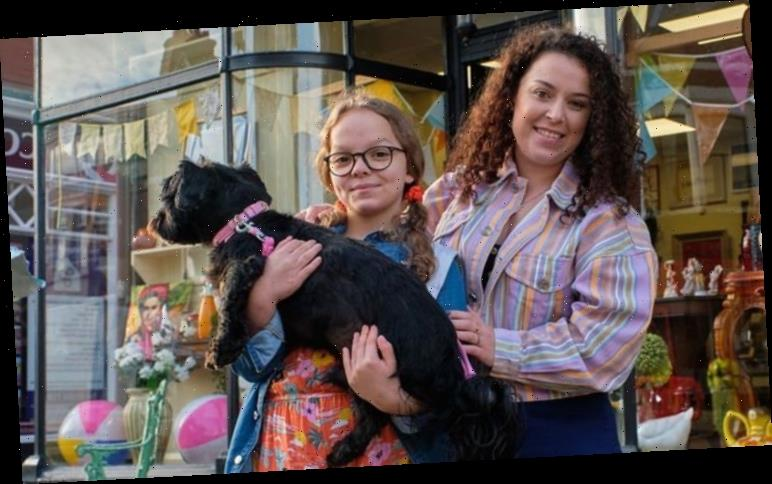 Tracy Beaker Cast Who Is In The Cast Of My Mum Tracy Beaker Characters Return For Sequel The Great Celebrity
